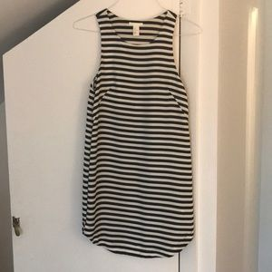 H&M Black and White Striped Shift Dress